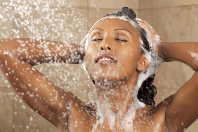 washing hair extensions