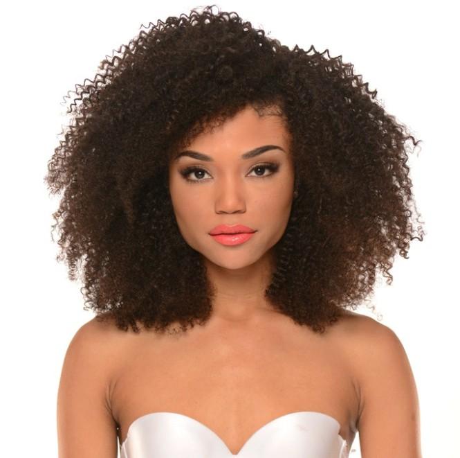 kinky curly hair model